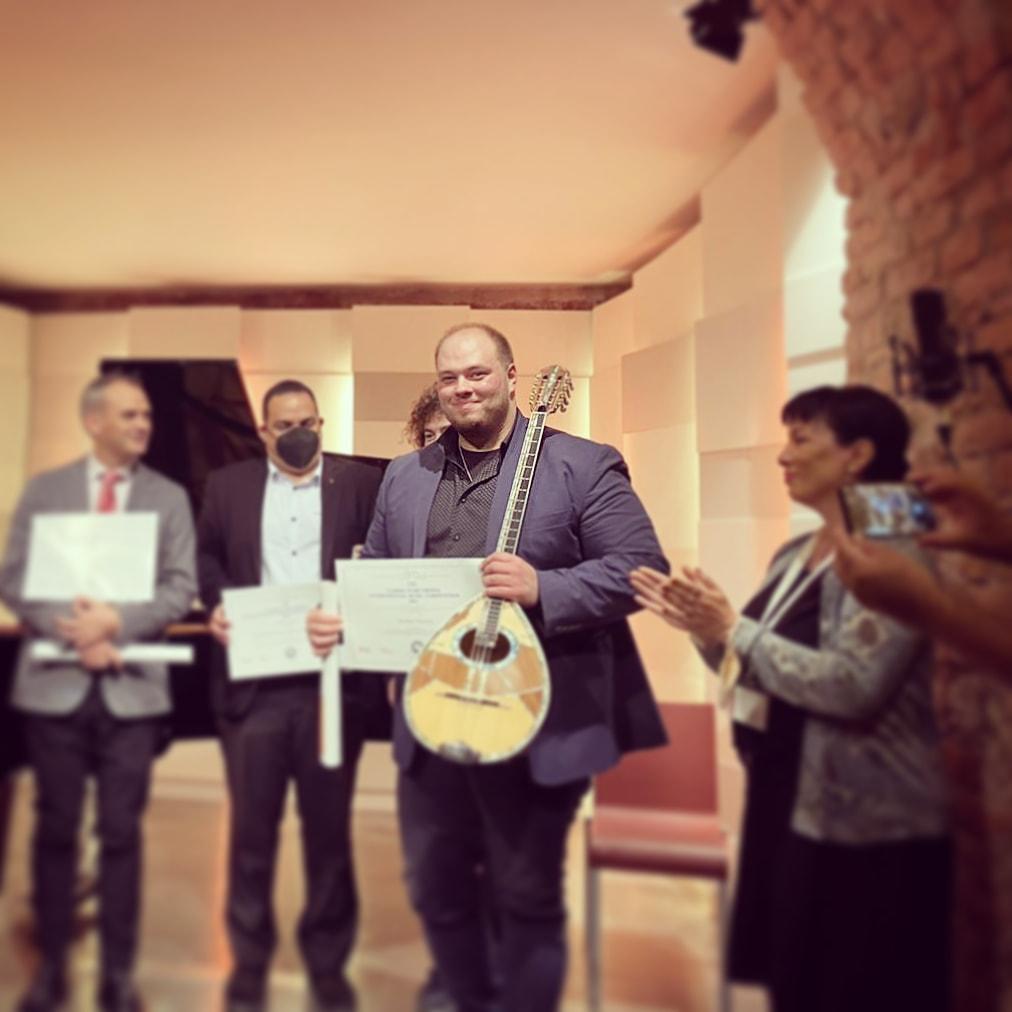 Πρώτο Παγκόσμιο Βραβείο Κλασσικής Μουσικής για τον Μιχάλη Παούρη!
