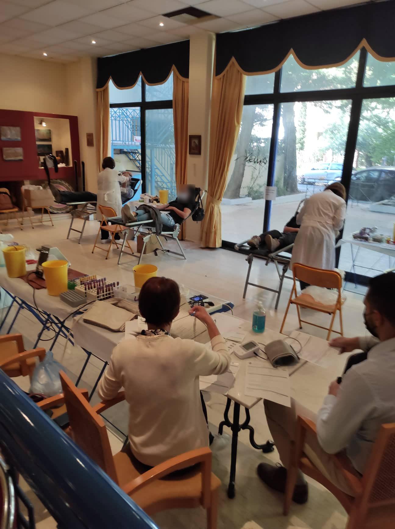 100 φιάλες αίμα από την εθελοντική αιμοδοσία του Δήμου Μοσχάτου-Ταύρου